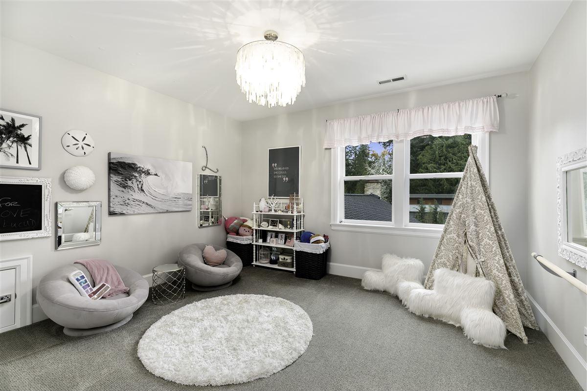 Luxury properties Impeccable custom estate exuding elegance & true luxury