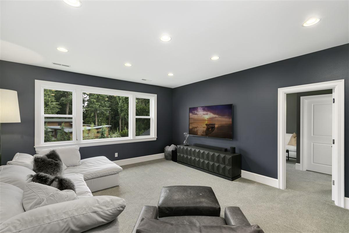 Mansions Impeccable custom estate exuding elegance & true luxury