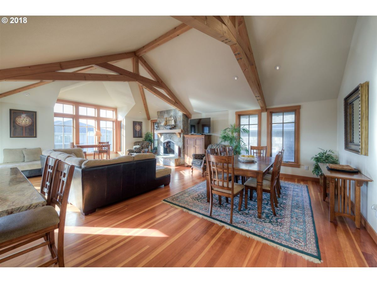 Luxury real estate architecturally designed home in cannon beach