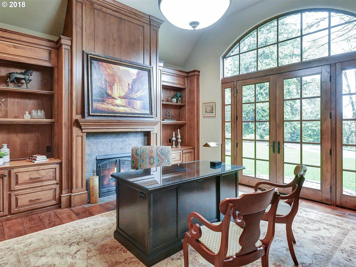 The custom home dreams are made of luxury homes