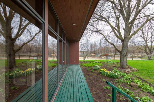 BOUTIQUE EQUESTRIAN FARM luxury homes