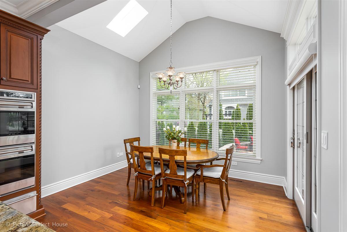Luxury homes in Elegant home in East HIGHLANDS