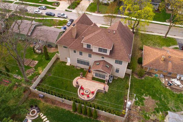 Luxury properties Elegant home in East HIGHLANDS