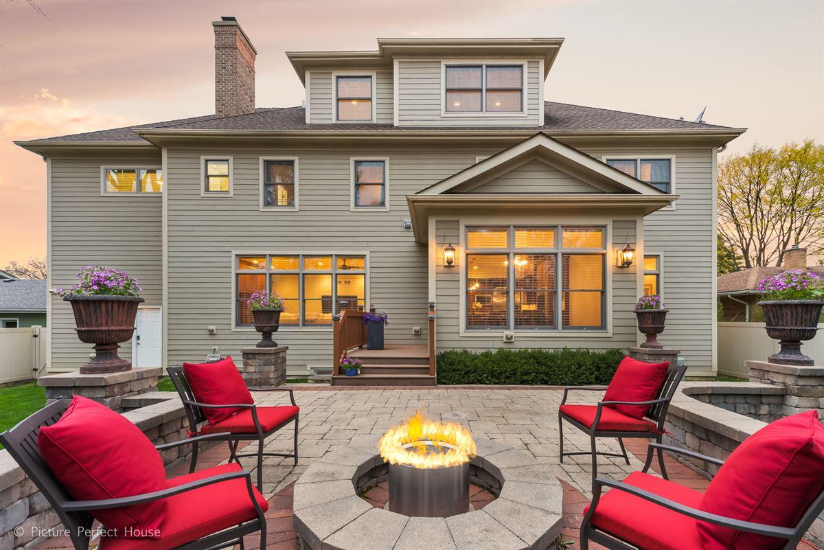 Mansions Elegant home in East HIGHLANDS