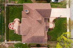 Elegant home in East HIGHLANDS  luxury properties