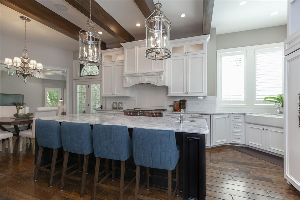 Luxury real estate Casual Elegance Abounds