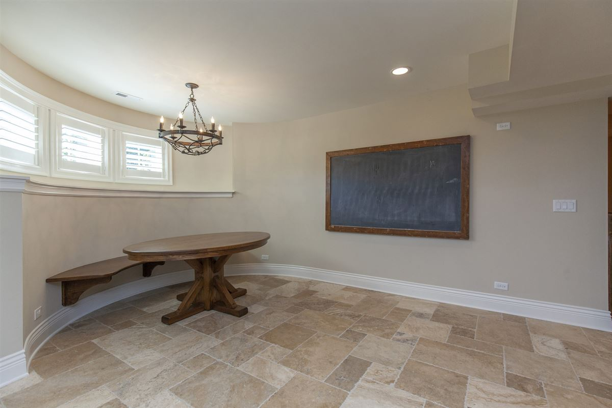Luxury homes in Casual Elegance Abounds