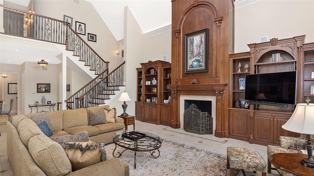 Luxury properties Magnificent custom built manor home