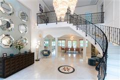 Sous les Etoiles luxury real estate