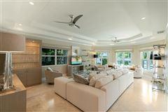 Sous les Etoiles luxury homes
