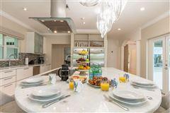 Luxury properties Sous les Etoiles