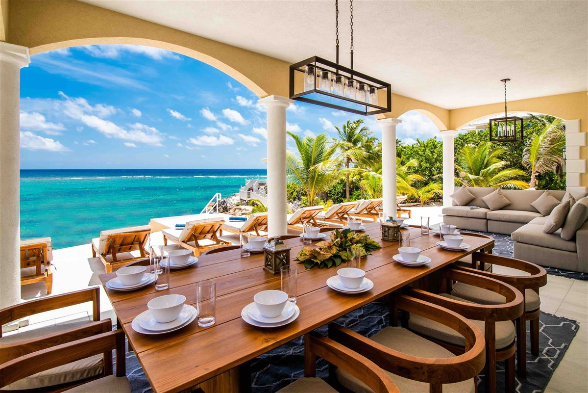 Luxury properties spectacular beachfront estate