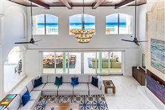 Mansions spectacular beachfront estate