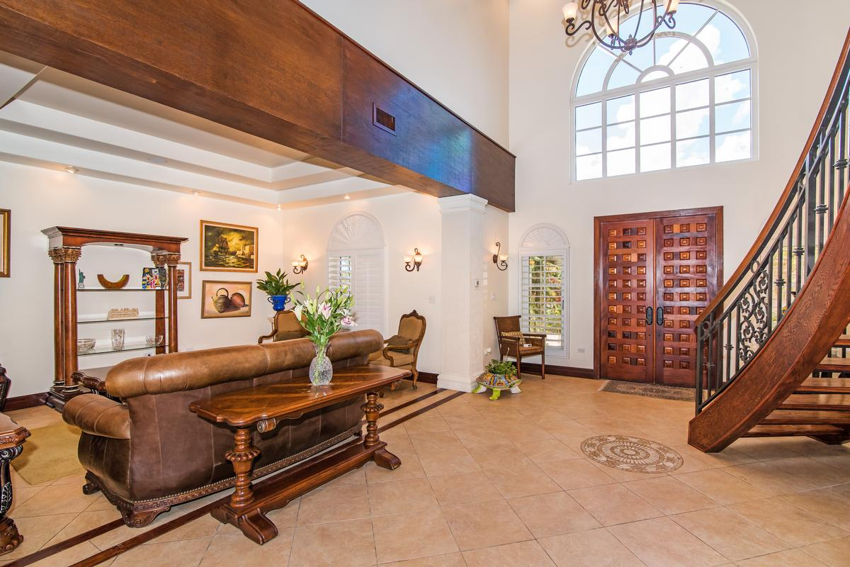 Luxury properties An impressive Tuscan-style in grand cayman