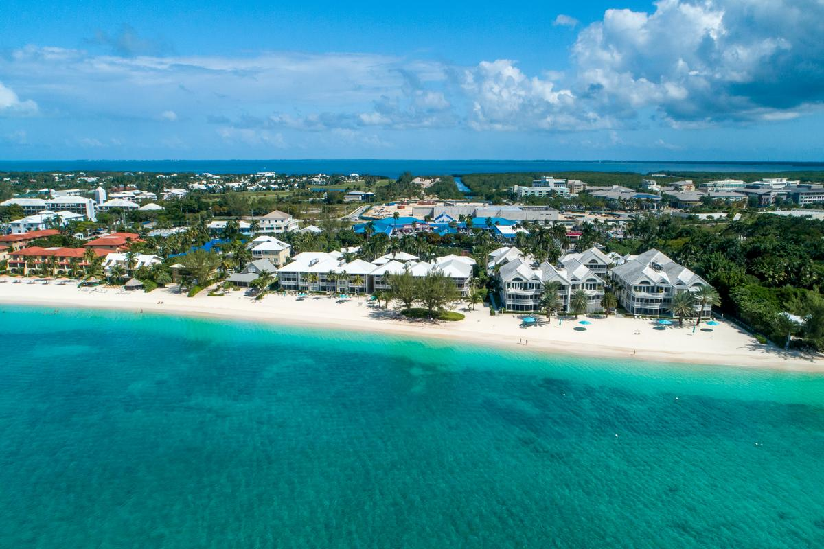 Luxury real estate Cayman Club ocean view condo