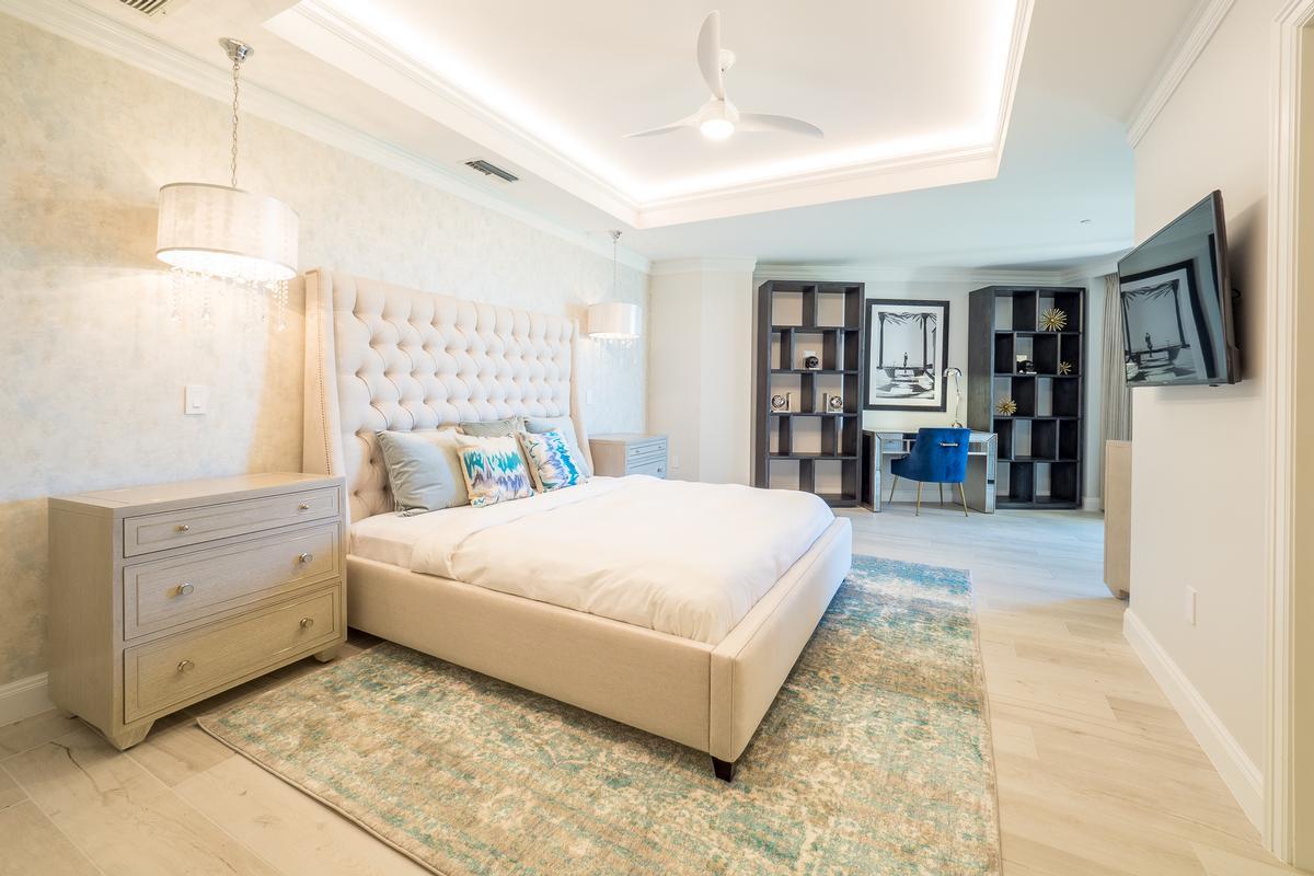 Luxury properties Sur-la-Plage at the Ritz-Carlton