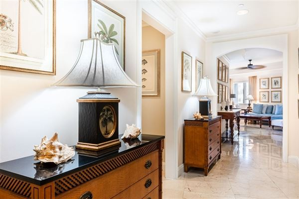 Luxury real estate private residence at the South Tower Ritz-Carlton