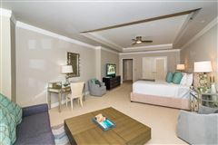 modern three bedroom Ritz-Carlton residence luxury homes