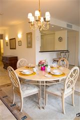 great two bedroom unit in Kings Court luxury homes