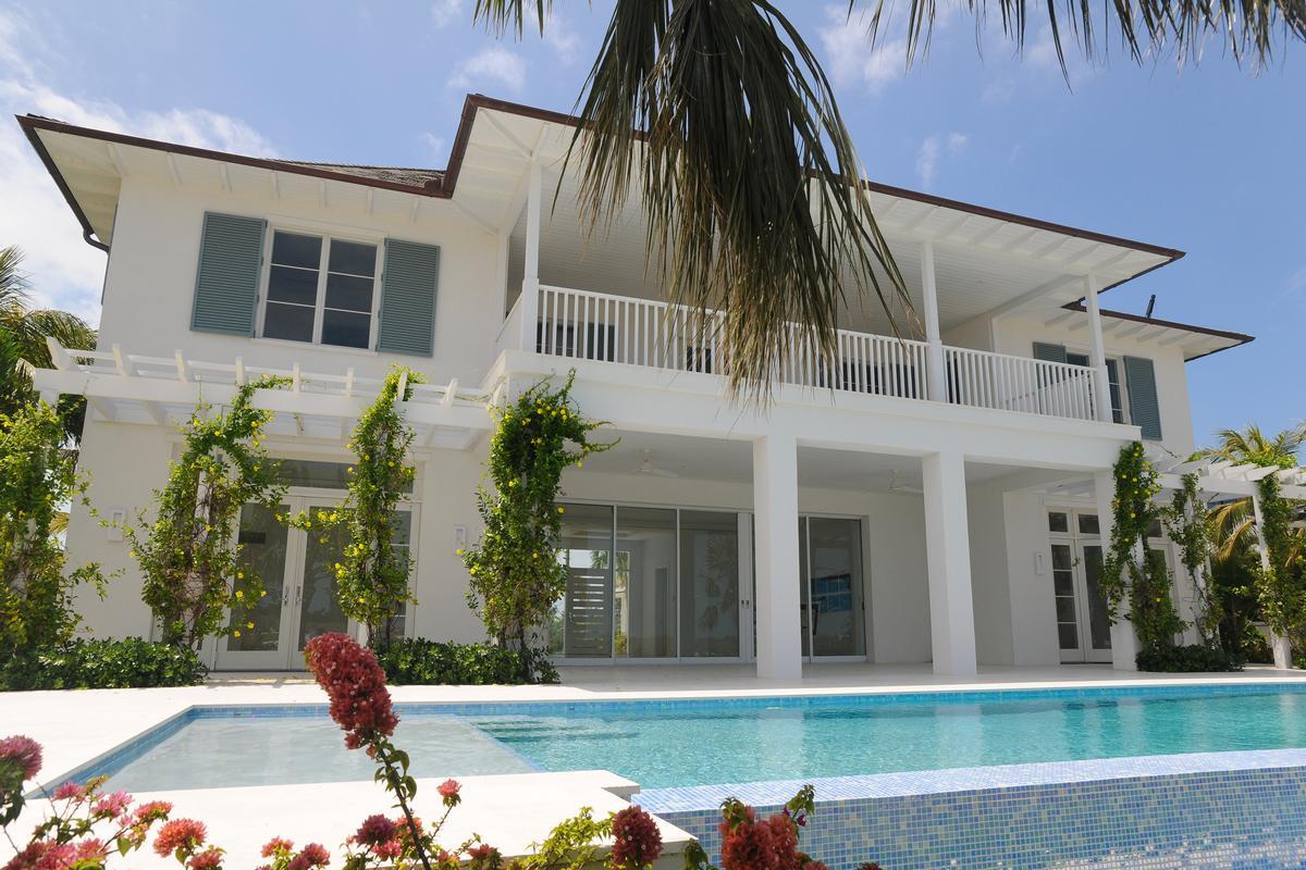 Albany luxury homes