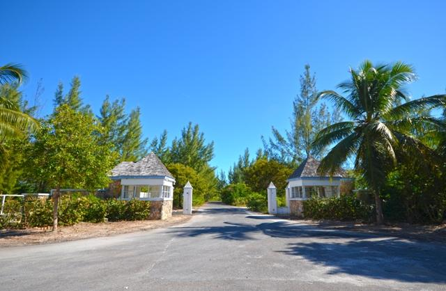 Luxury properties Bluewater Cay
