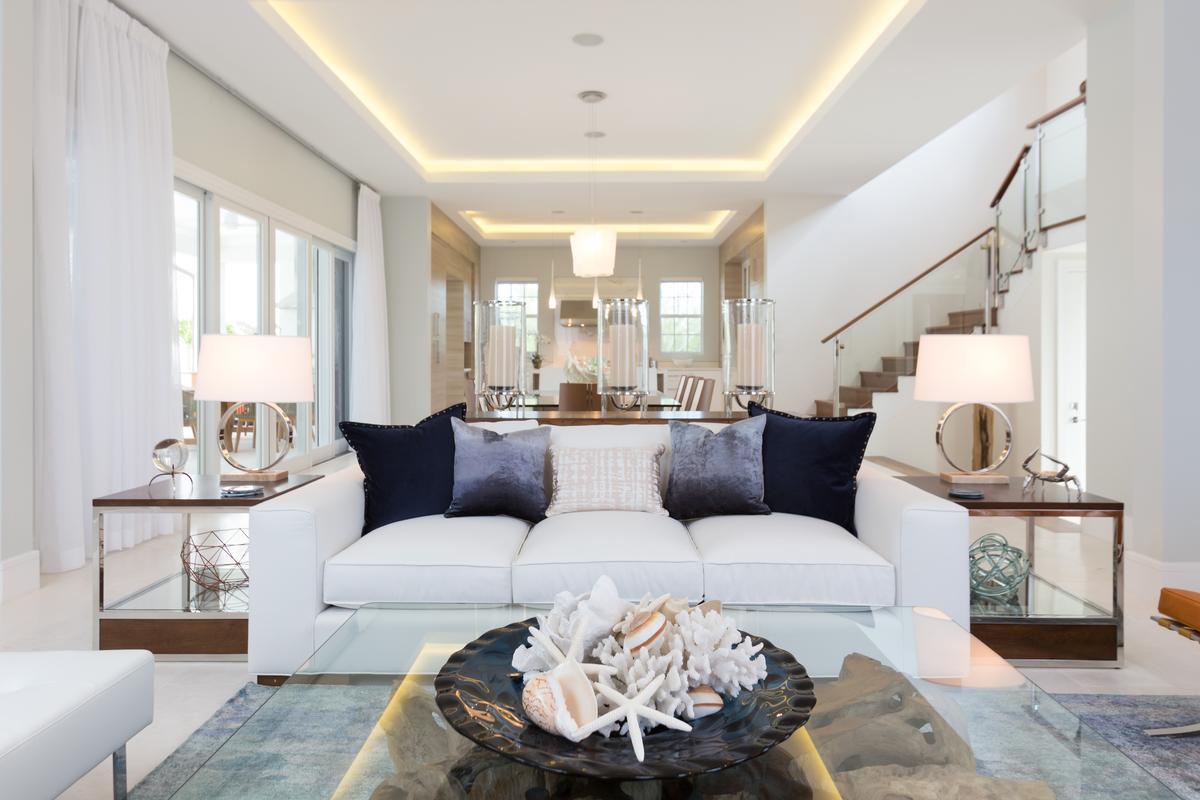 Club Villa at Albany luxury homes
