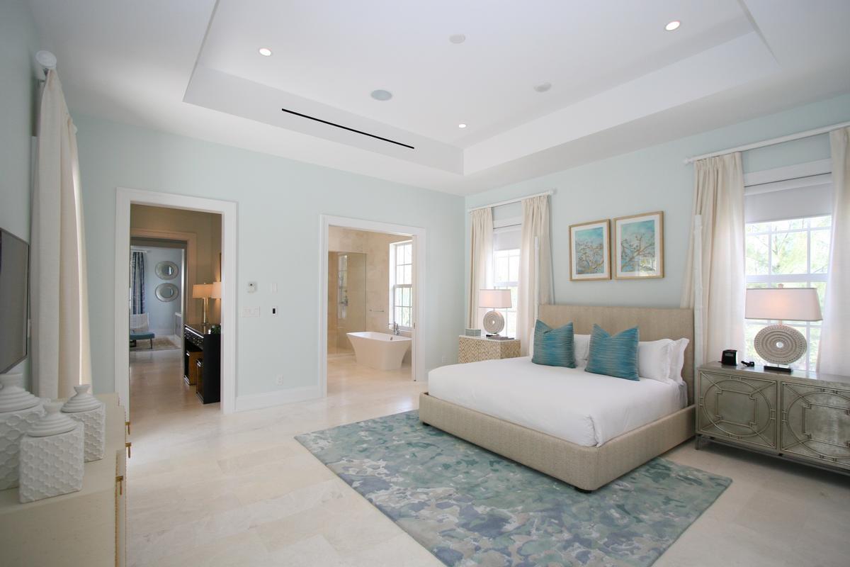 Albany Club Villa luxury real estate