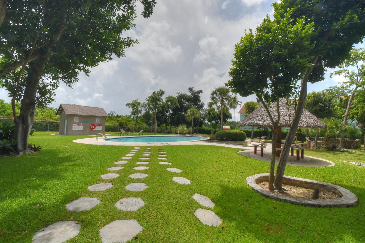 Luxury properties Charlotteville Elegance