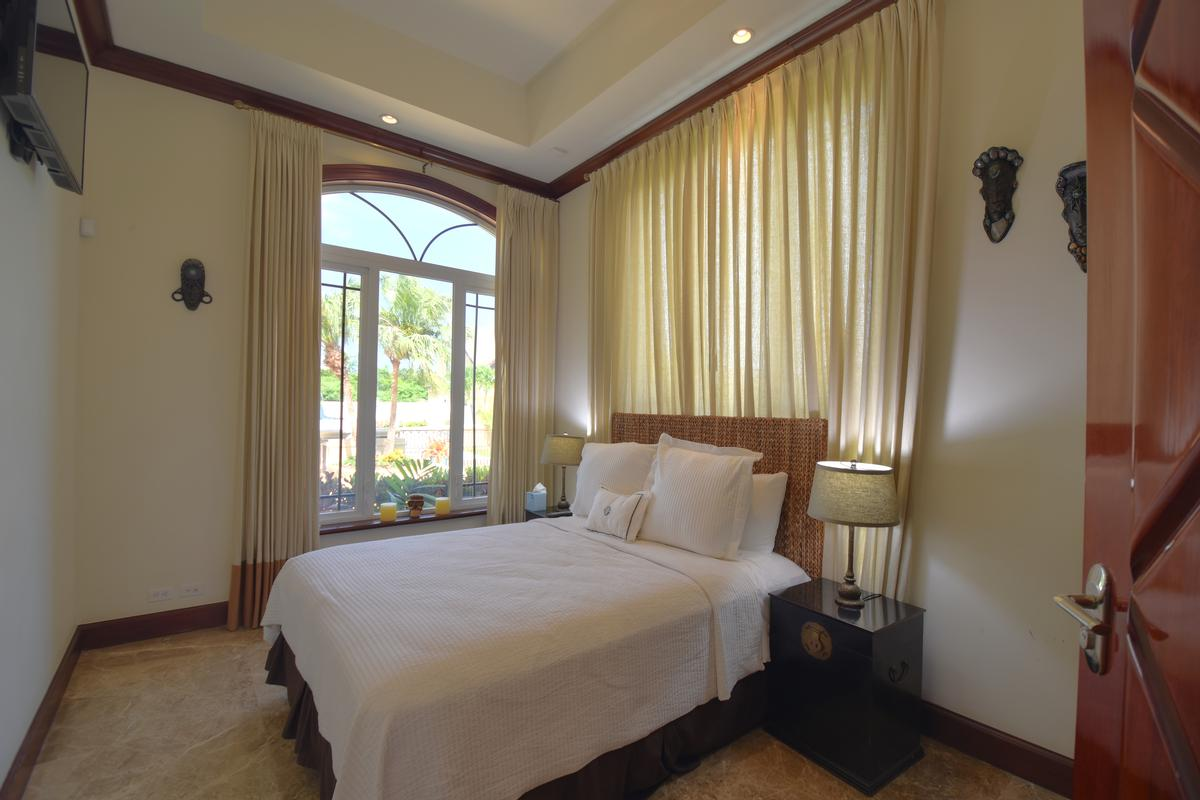 Charlotteville Elegance luxury properties
