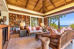 Mansions stunning ocean views
