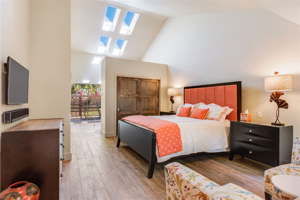 Mansions in Totally renovated custom home in the Mauna Kea Resort