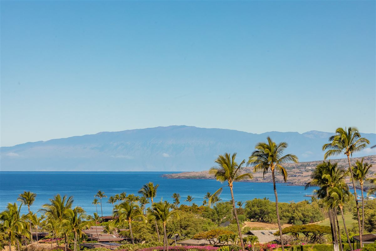 Mansions Totally renovated custom home in the Mauna Kea Resort