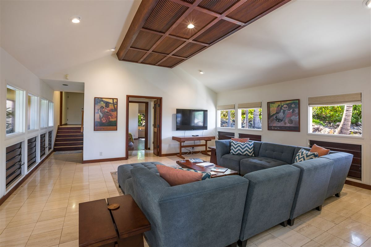 timeless classic in the Mauna Kea Fairways North luxury homes