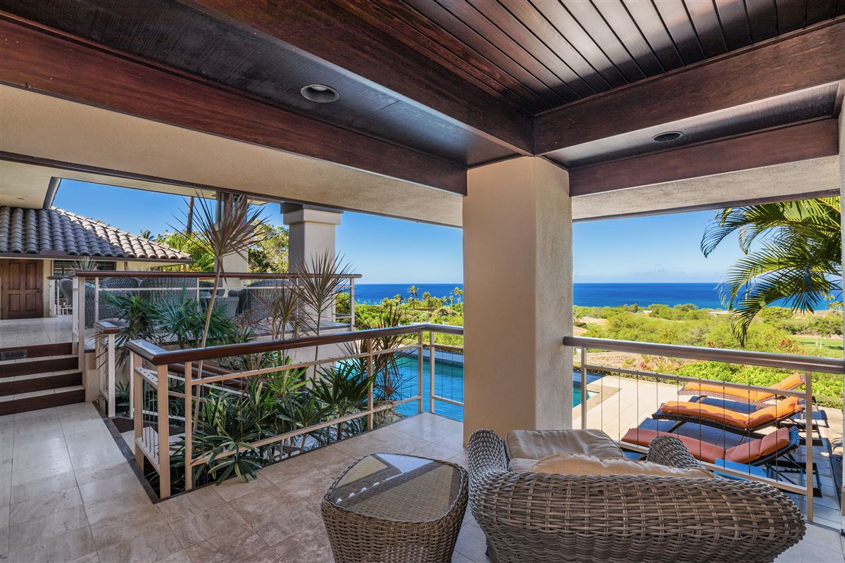 Luxury properties timeless classic in the Mauna Kea Fairways North