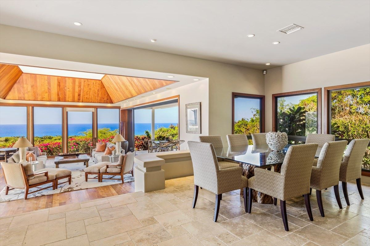 Luxury homes in Totally renovated home in the Mauna Kea Resort