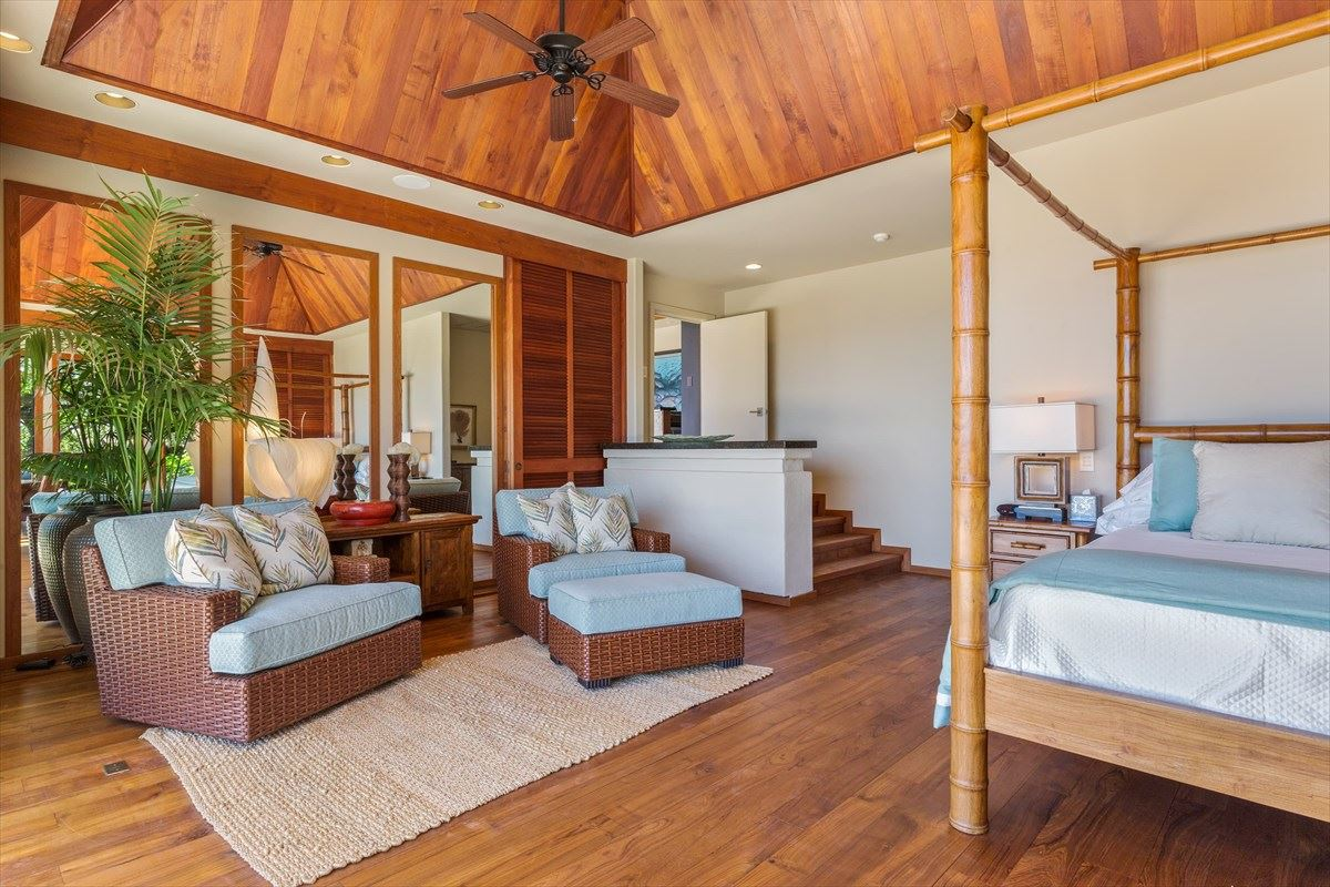 Mansions in Totally renovated home in the Mauna Kea Resort