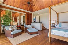 Mansions Totally renovated home in the Mauna Kea Resort