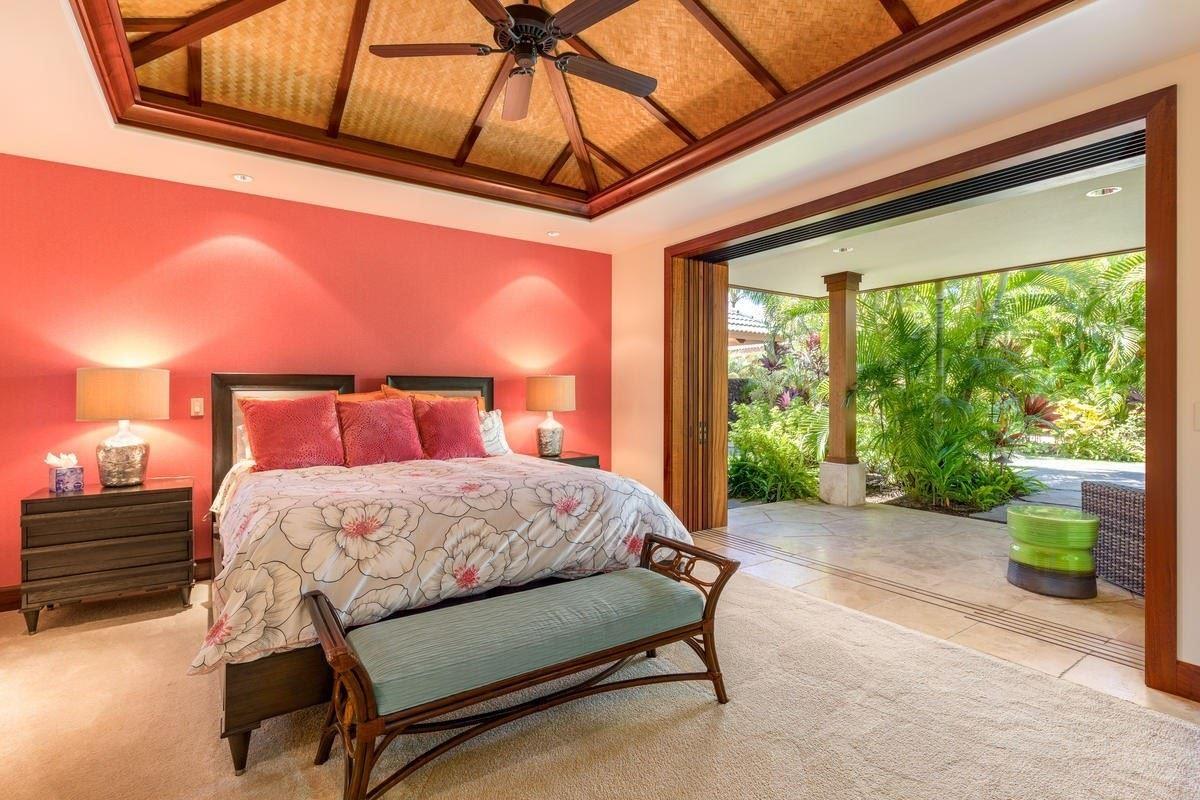the natural beauty of Pauoa Beach luxury homes