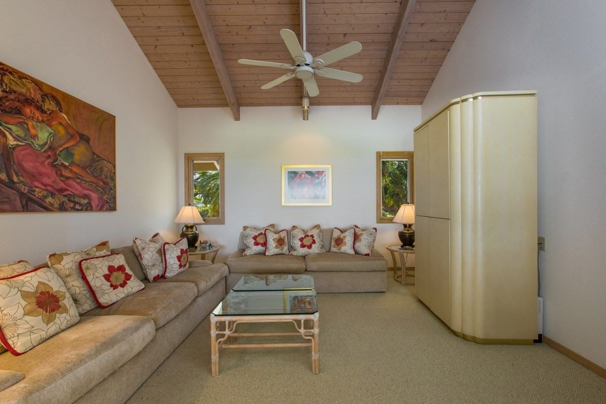 Luxury real estate unique and private setting in the Mauna Kea Resort
