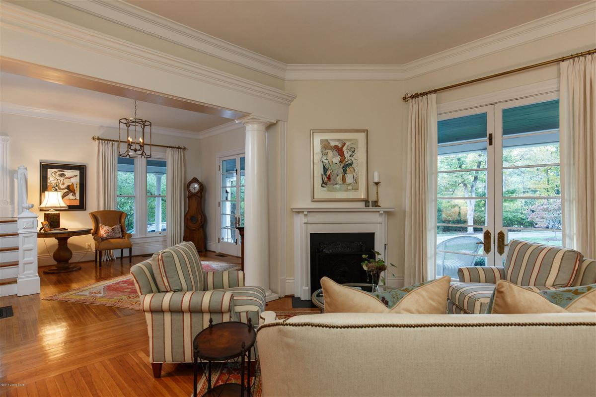 Mansions immaculately maintained and completely updated