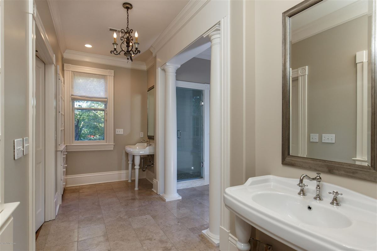 Luxury homes in immaculately maintained and completely updated