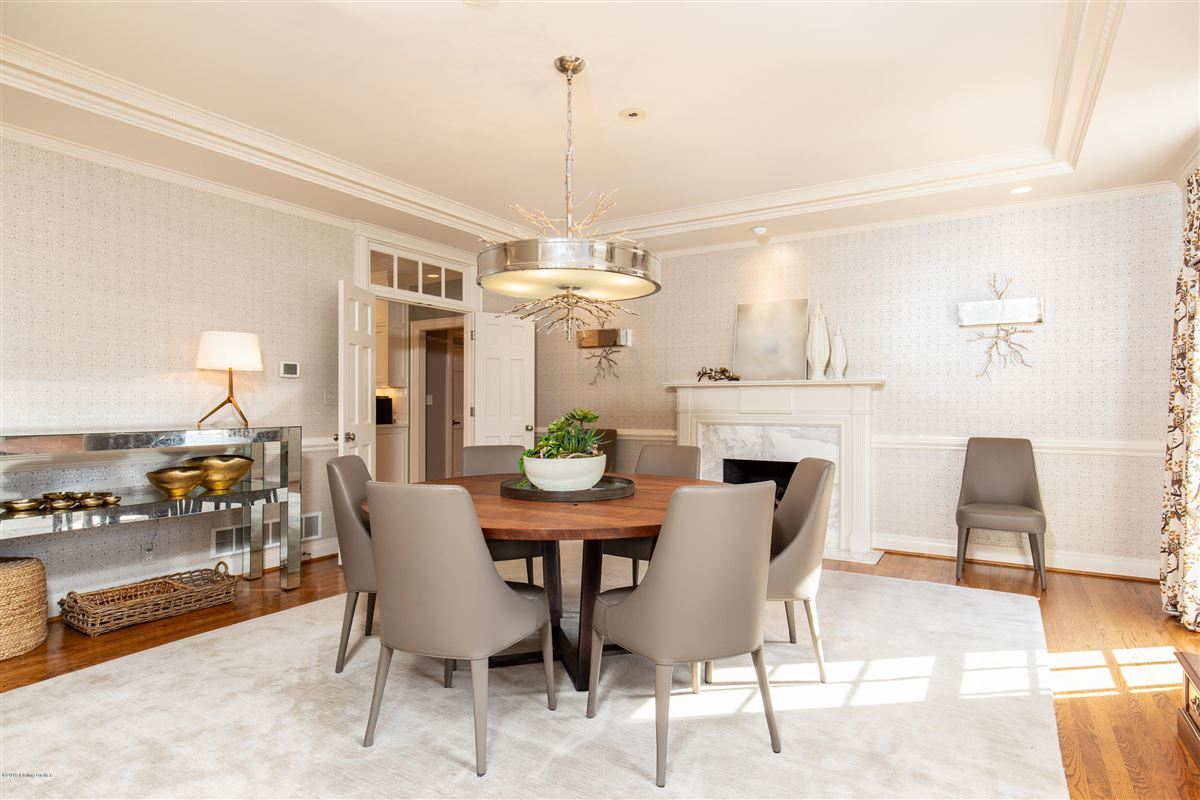 Mansions extraordinary private and spacious updated home