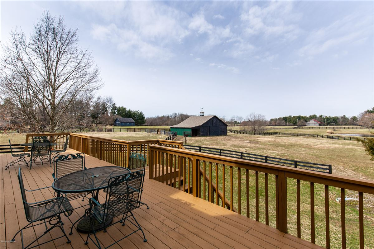 Mansions in rare five-plus acre estate and horse farm