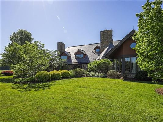Luxury real estate a Warm and welcoming stone home