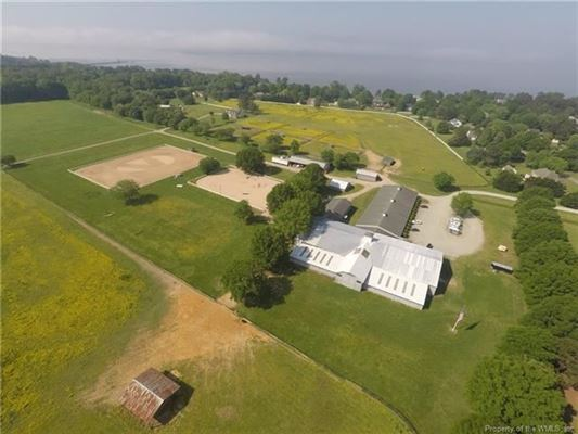 Boundless opportunities in this property on the james river mansions