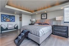 bright and spacious unit offers spectacular views mansions