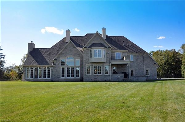 Luxury homes fabulous estate home on 67-plus acres