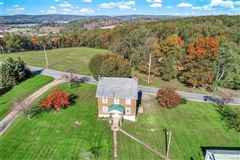 prime real estate in lower milford township mansions