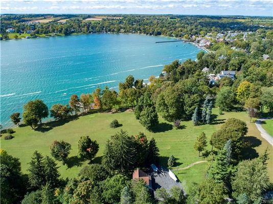 Luxury real estate spectacular waterfront property