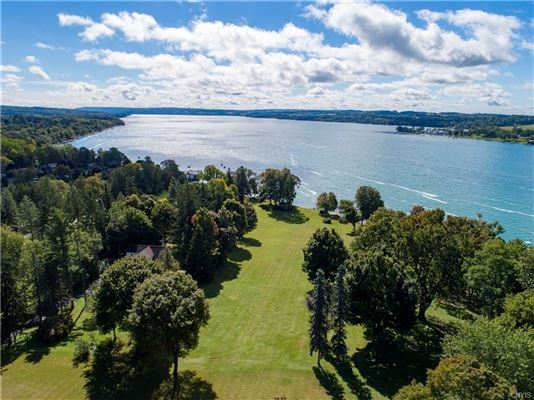 spectacular waterfront property luxury real estate